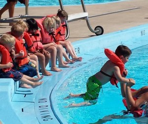 aquatic center classes